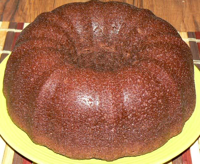 Name:  082512_chocolate_pound_cake_2_P1090545.jpg Views: 33 Size:  121.7 KB