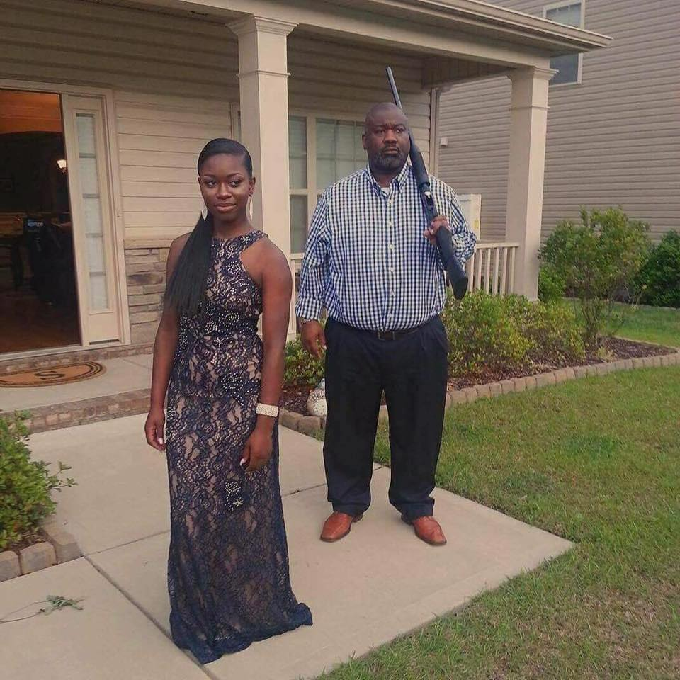 Name:  best_prom_picture.jpg Views: 107 Size:  128.5 KB