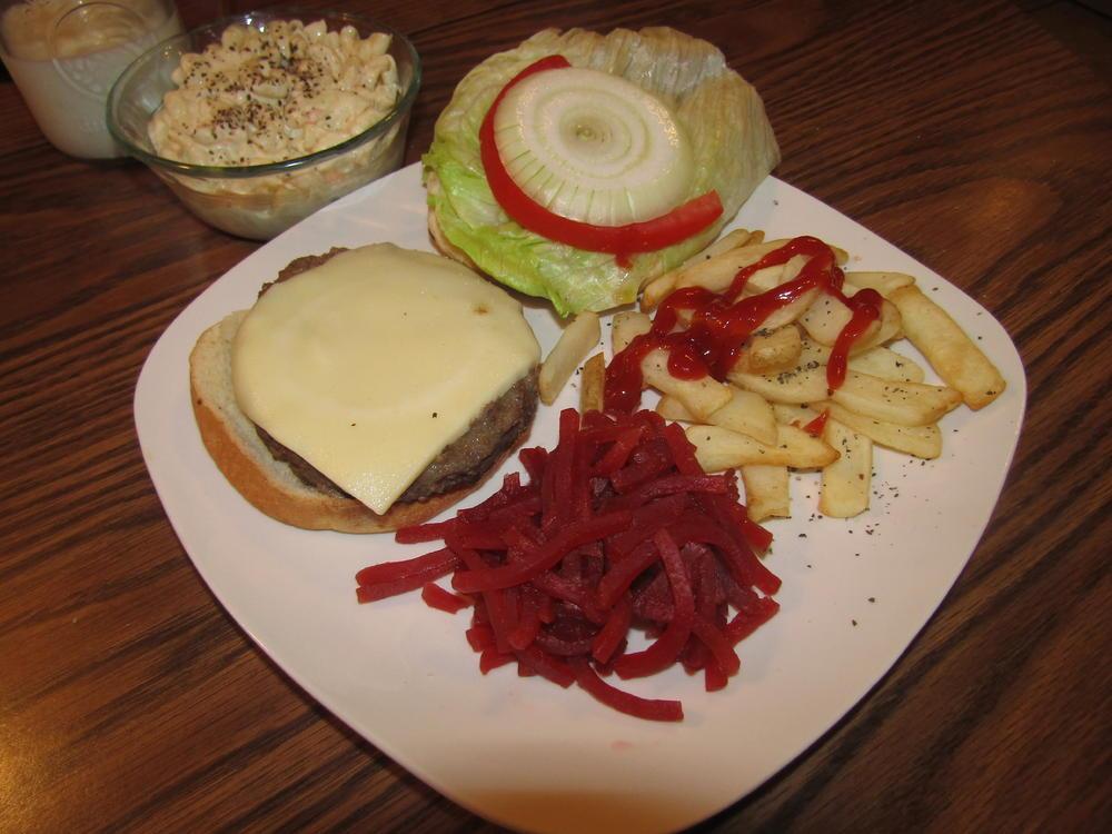 Name:  Burger, Beets, Fries.jpg Views: 73 Size:  93.8 KB
