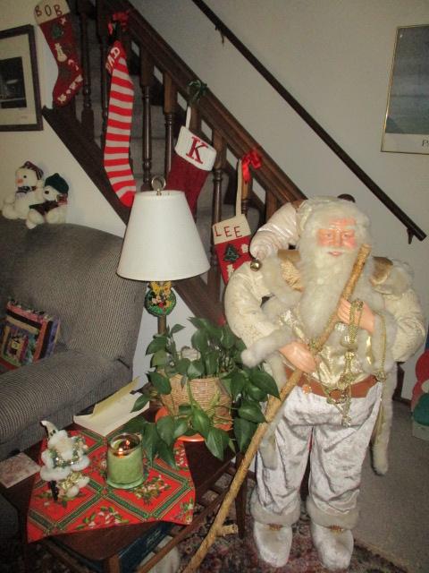 Name:  Christmas big santa.JPG Views: 94 Size:  146.1 KB