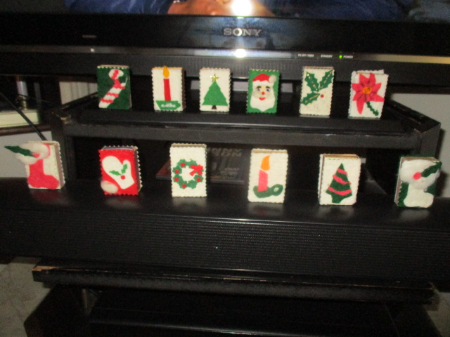 Name:  Christmas match boxes.JPG Views: 62 Size:  119.6 KB