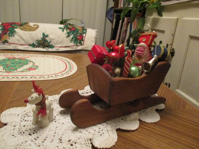 Name:  Christmas sleigh.JPG Views: 87 Size:  146.2 KB