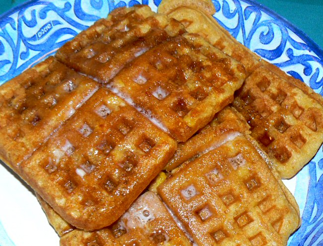 Name:  corn_bacon_waffles_071609_P1030507.JPG Views: 28 Size:  167.1 KB