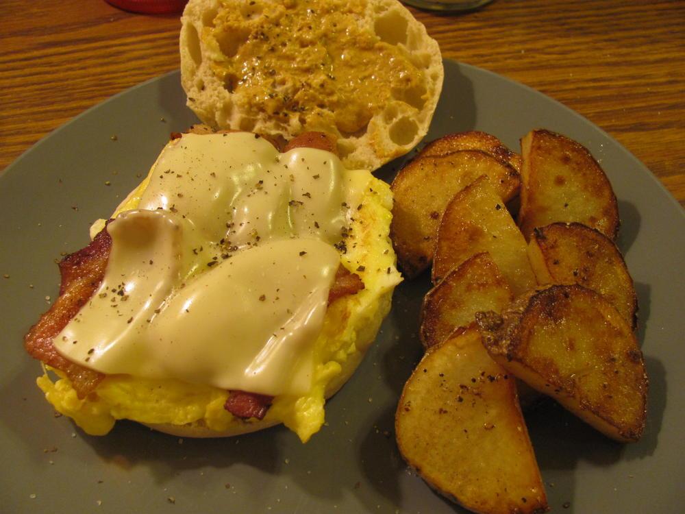 Name:  Egg McLucky.jpg Views: 66 Size:  98.5 KB
