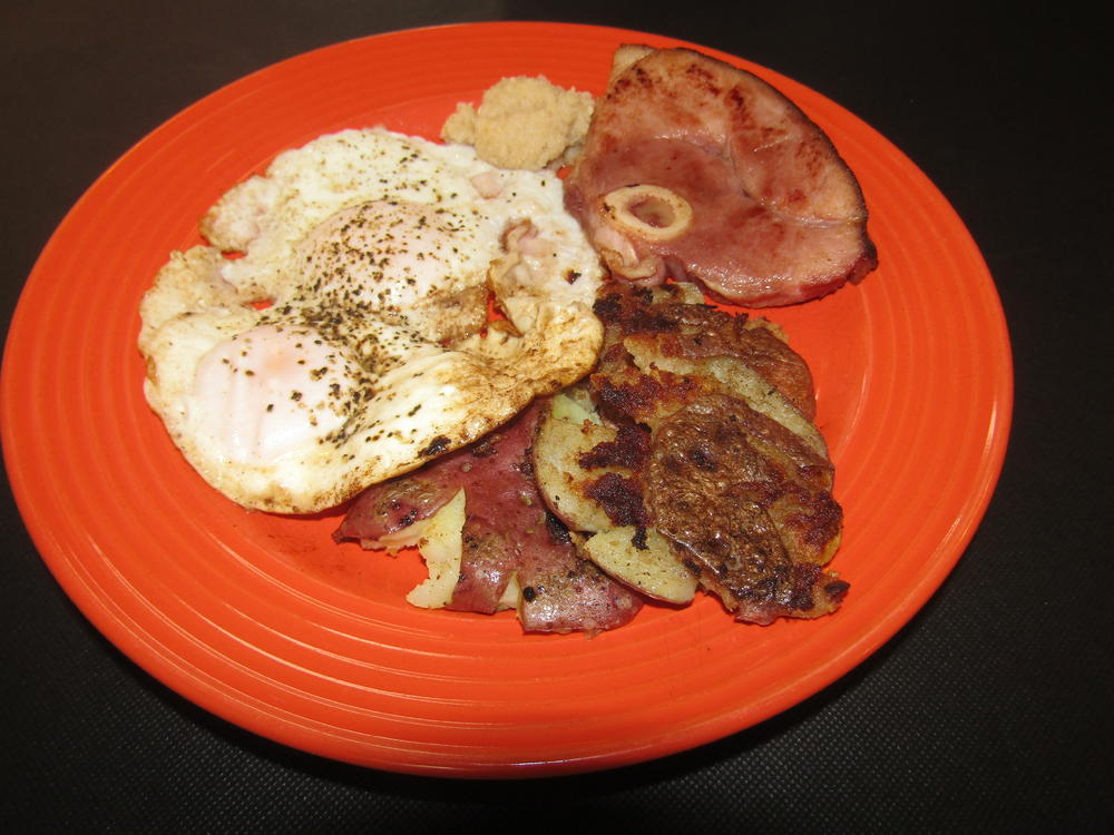 Name:  eGGS oVER, sMASHED rEDS.jpg Views: 106 Size:  103.7 KB