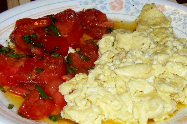 Name:  eggs_tomatoes_101310_P1060495.JPG Views: 40 Size:  123.0 KB