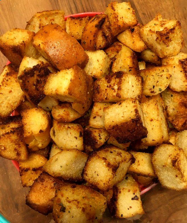 Name:  garlic_croutons_010418_IMG_3602.JPG Views: 74 Size:  208.2 KB