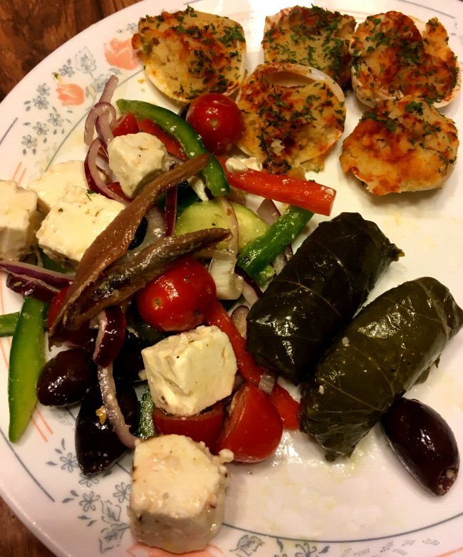 Name:  greek_salad_clams_042019_IMG_5593.JPG Views: 30 Size:  171.6 KB