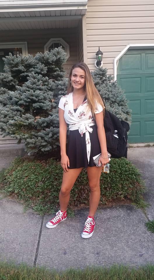 Name:  Jules - 10th Grade.jpg Views: 68 Size:  91.2 KB