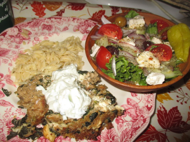 Meatloaf plated.JPG