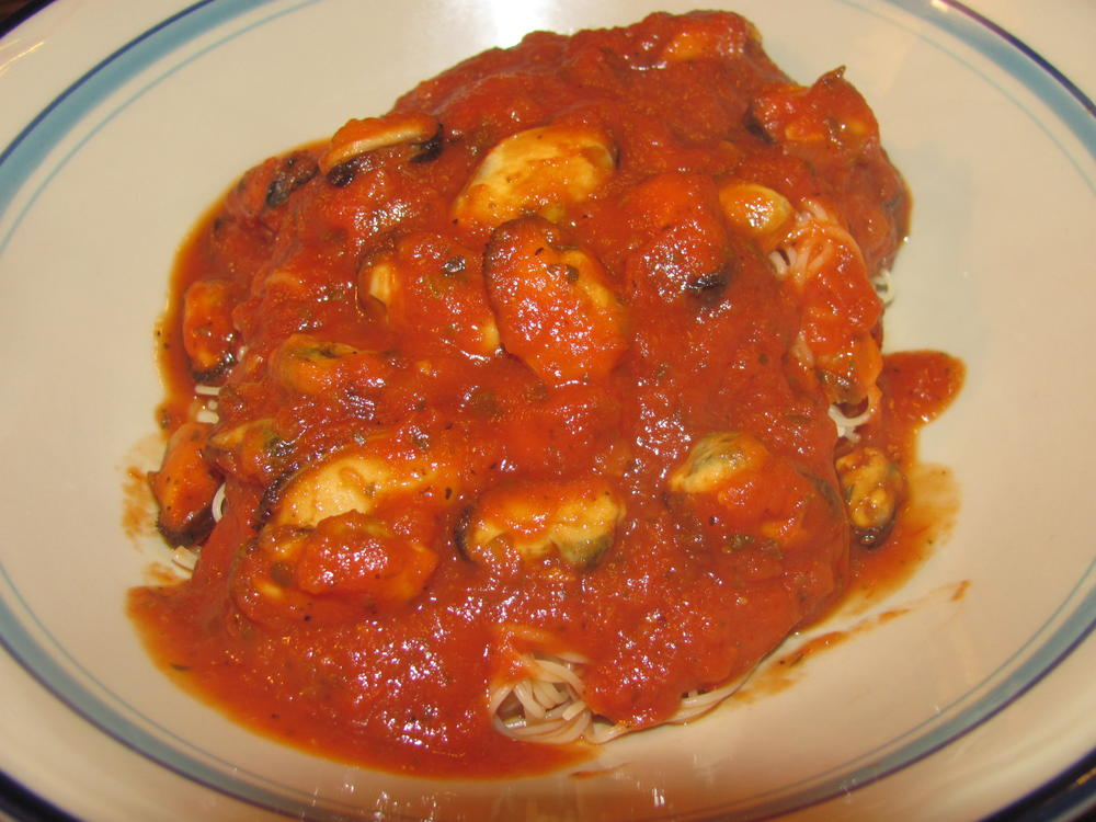 Name:  Mussels in Tomato-Basil sauce.jpg Views: 47 Size:  101.6 KB