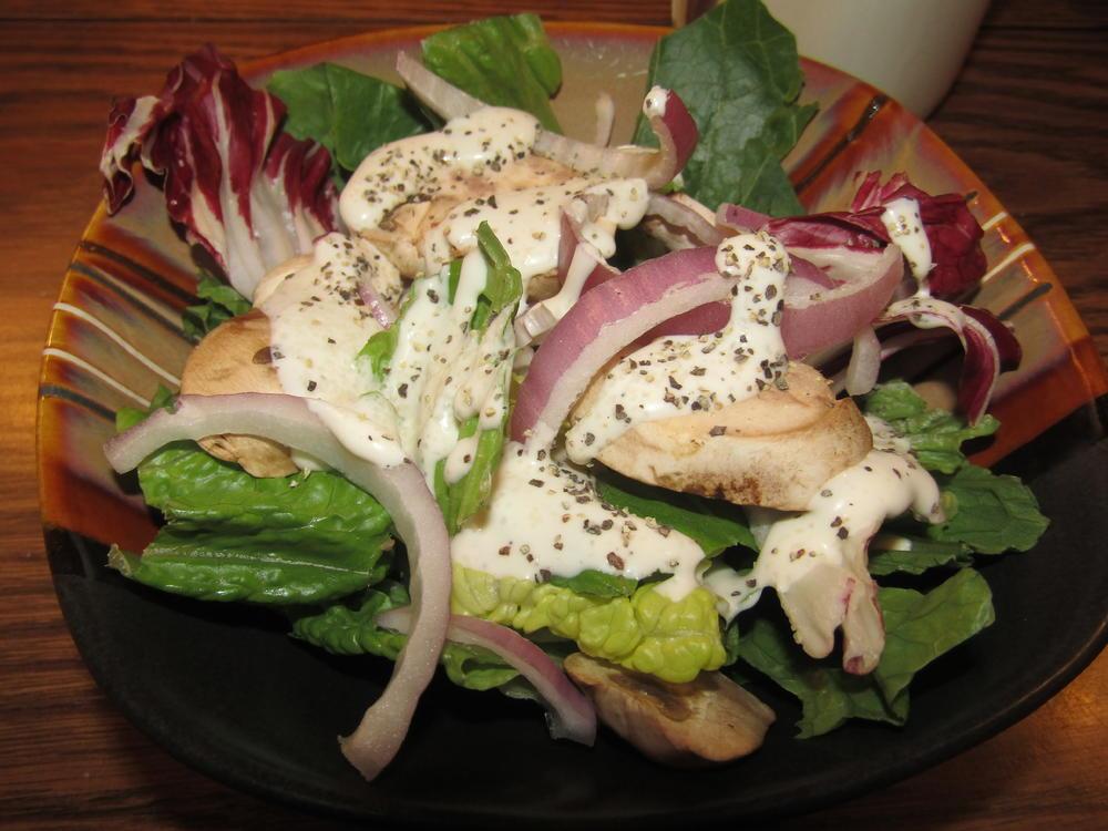 Name:  Salad, Mushroom & Red Onion.jpg Views: 84 Size:  101.5 KB