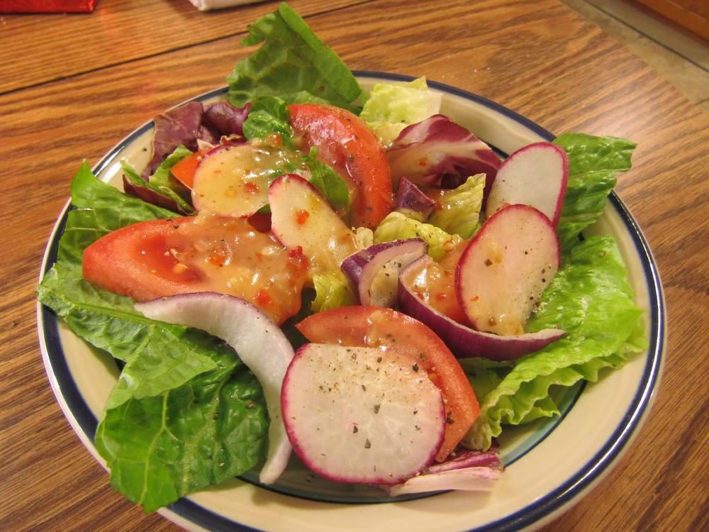 Name:  Salad, Red Onion & Radish.jpg Views: 56 Size:  131.0 KB