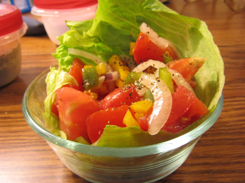 Name:  Salad, Tomato.jpg Views: 42 Size:  92.9 KB