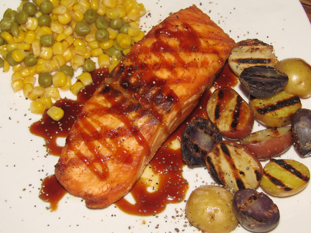 Name:  Salmon Filet, Teriyaki, Roasted Babies.jpg