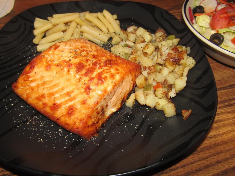 Name:  Salmon Steak.jpg Views: 51 Size:  115.5 KB
