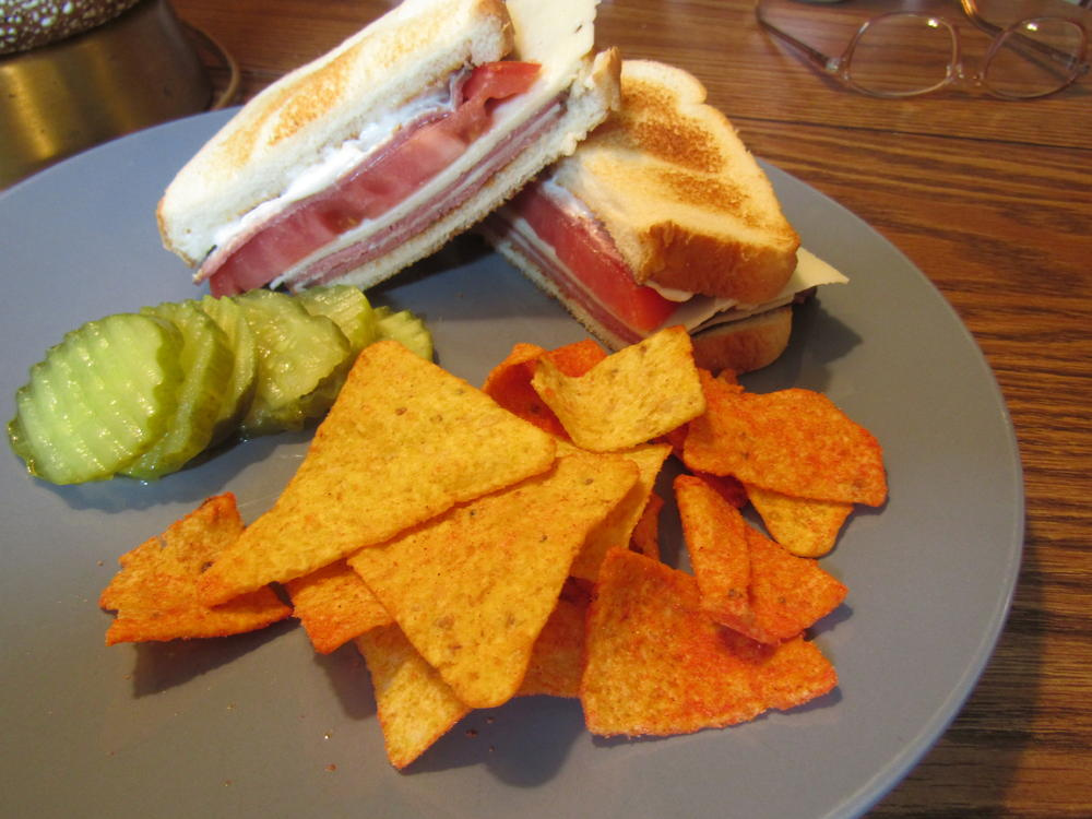 Name:  Sandwich, Roast Beef, Horsey Cheese, Beefsteak Tomato.jpg