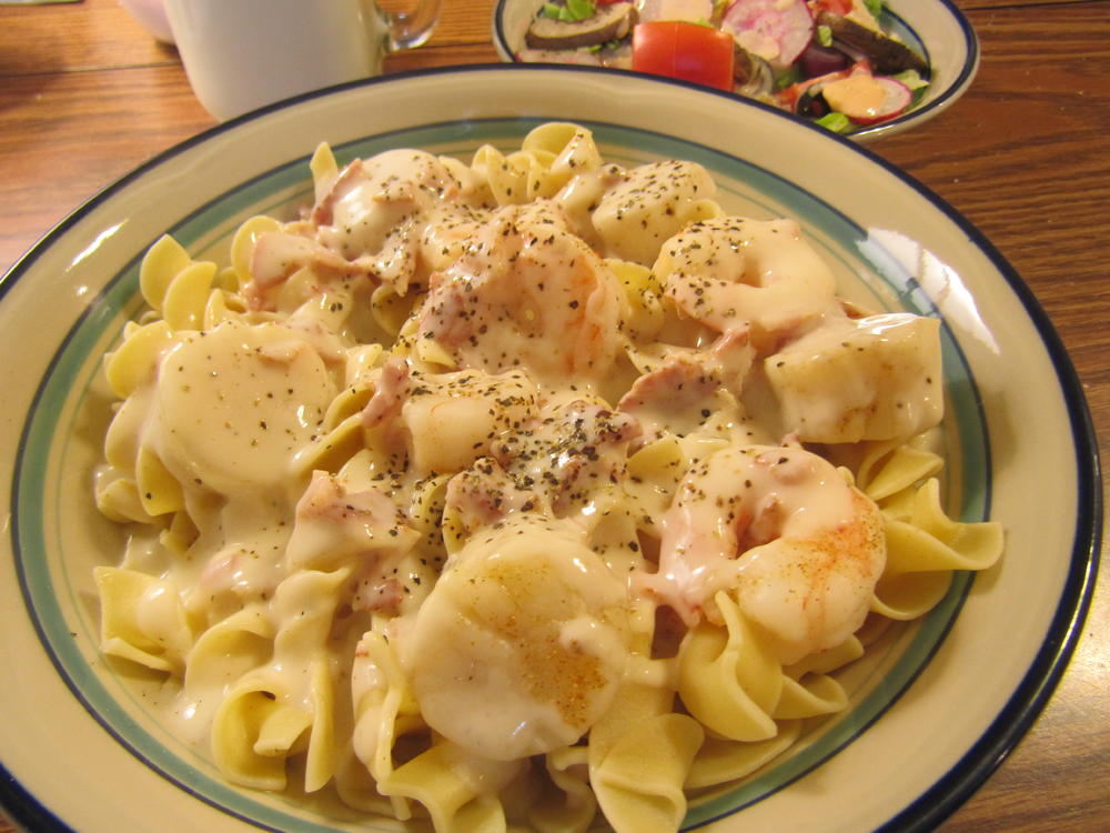 Name:  Shrimp & Scallops Alfredo.jpg