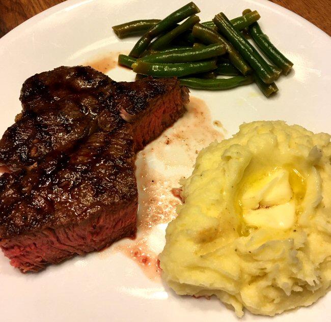 Name:  sirloin_steak_taters_bean_061619_IMG_5912.JPG Views: 70 Size:  104.9 KB