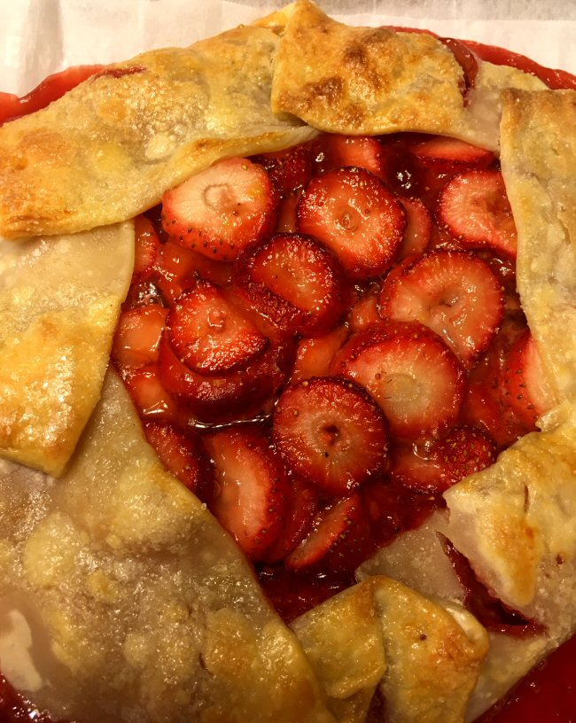 strawberry_crostata_011521_2_IMG_7593.JPG