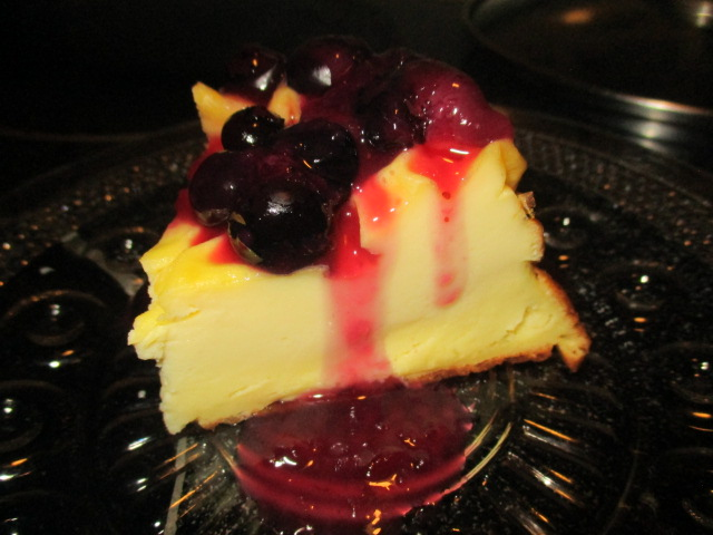 Yogurt cake 4, with blueberry.JPG